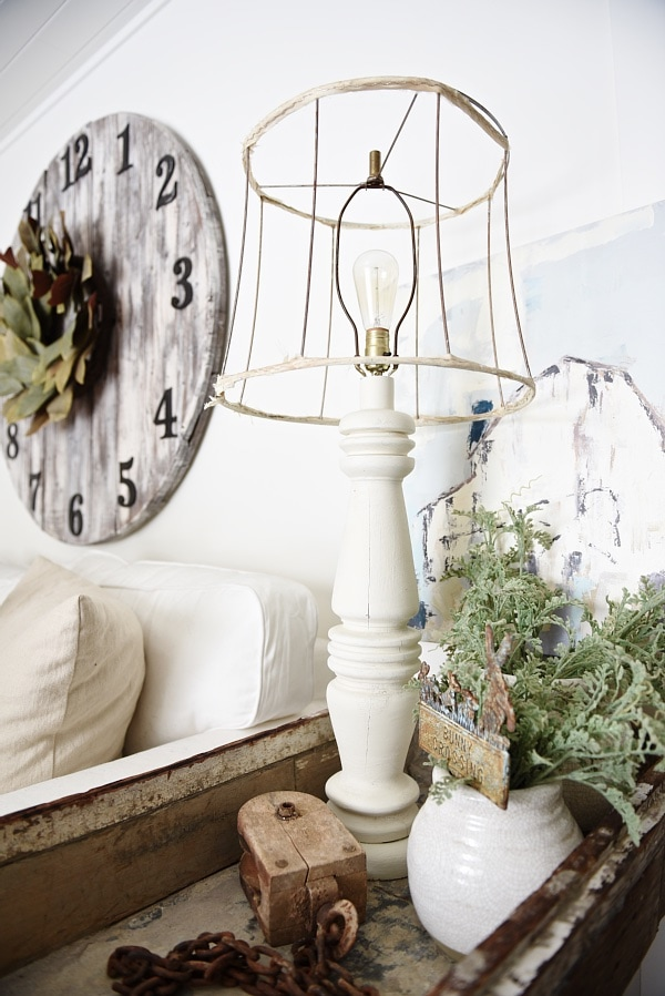 Lamp Makeover - Mud Paint Review - A must pin to makeover all of those ugly lamps.
