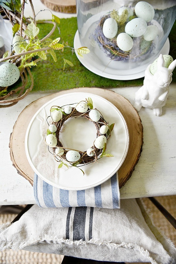 Easter Table, Springy Moss & Egg Easter Table