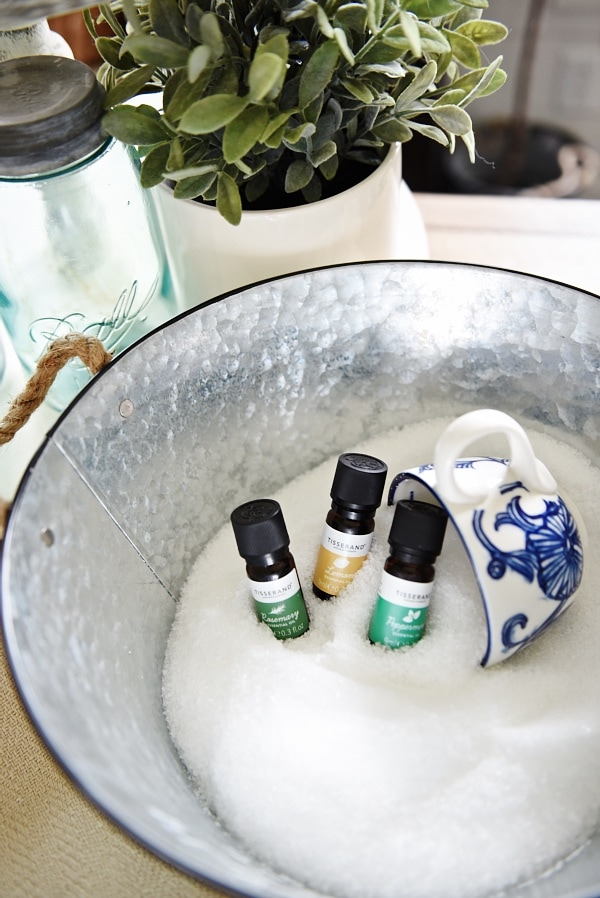 DIY Epsom Salt Bath Soak