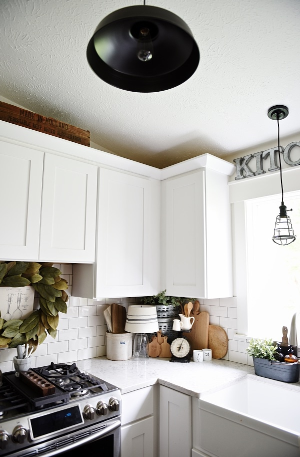Cozy Farmhouse Kitchen Decor