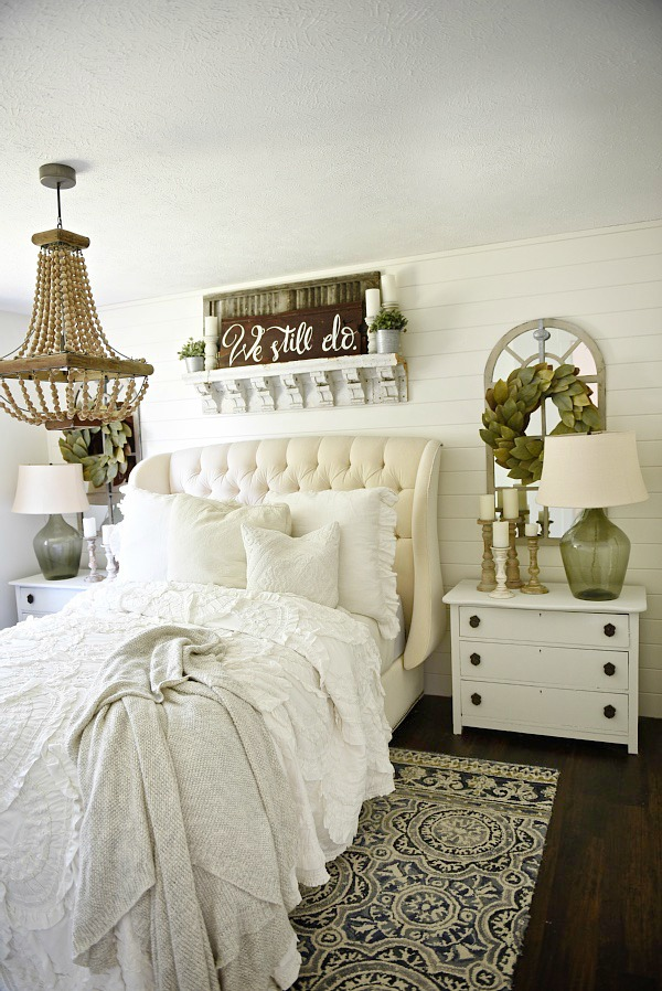 Farmhouse bedroom makeover, Farmhouse Bedroom Makeover