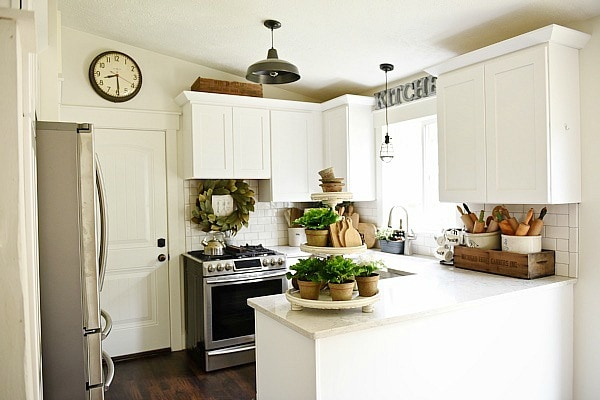 Top 10 farmhouse kitchens on a budget seeking lavendar lane top 10 farmhouse kitchens on a budget farmhouse kitchen makeover solutioingenieria