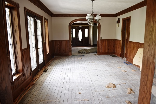 sliding barn door hardware, Sliding Barn Door – Laundry Room Door