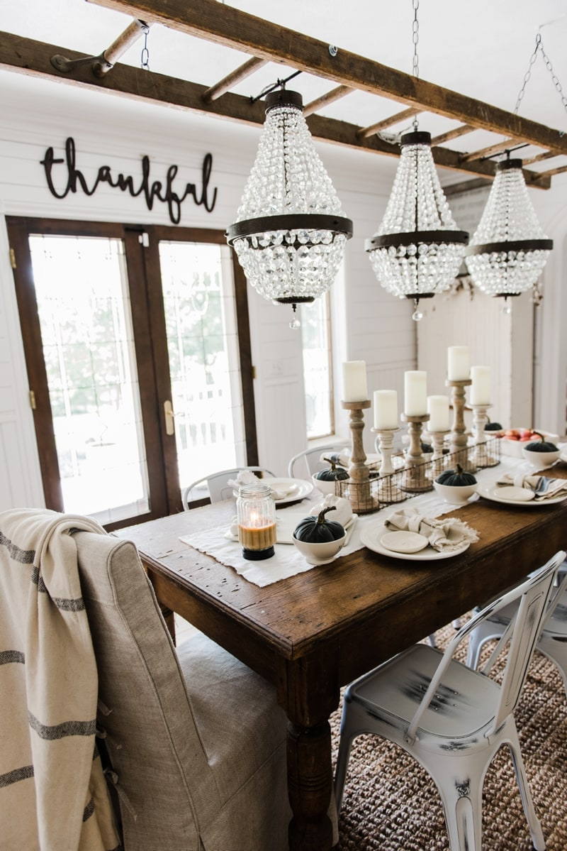 Simple neutral fall farmhouse dining room liz marie blog for Dining room decor 2016