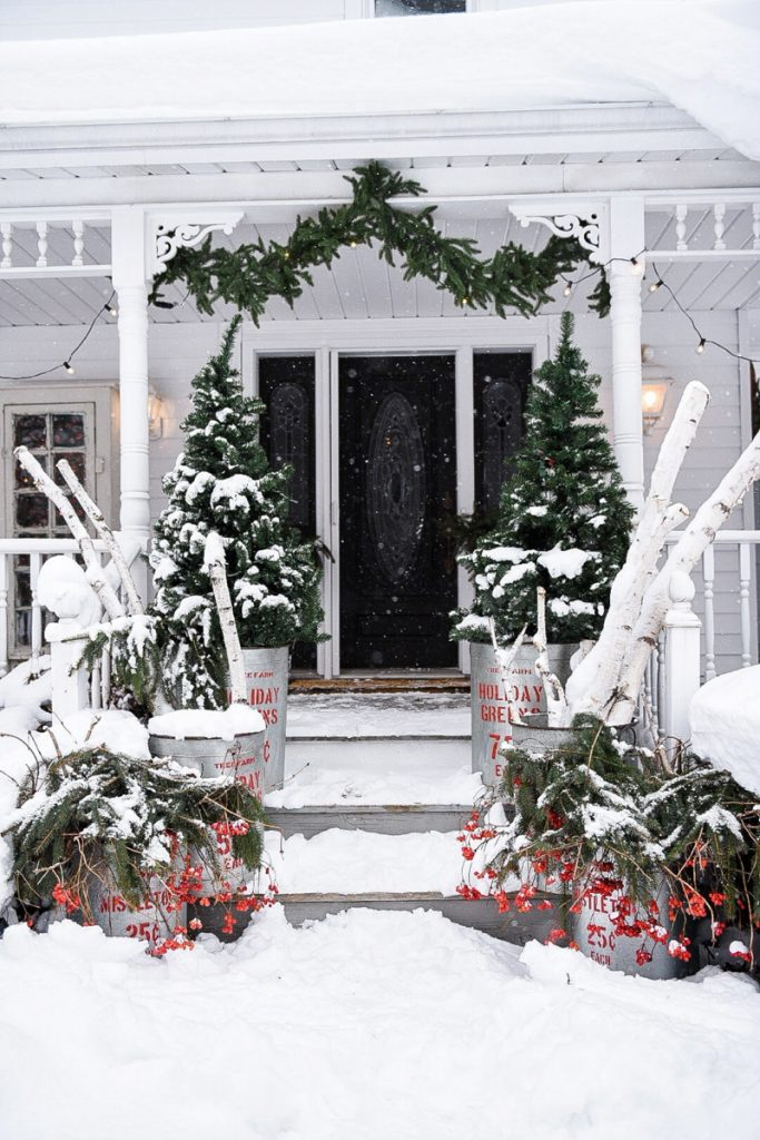 , Rustic Christmas Porch Steps