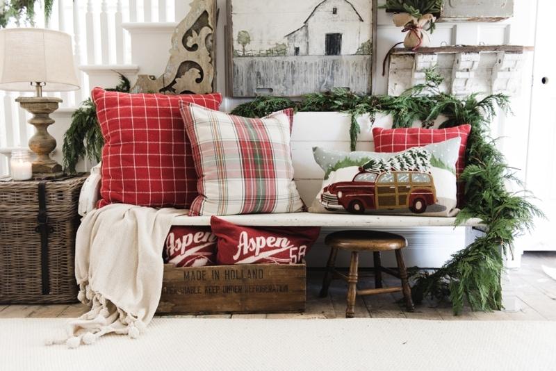 , Rustic Christmas Farmhouse Entryway