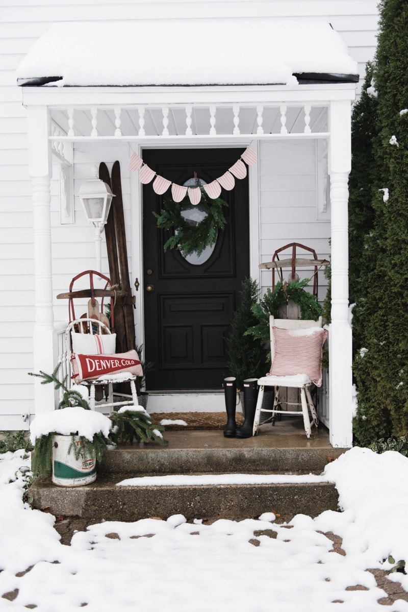 Christmas On The Back Stoop