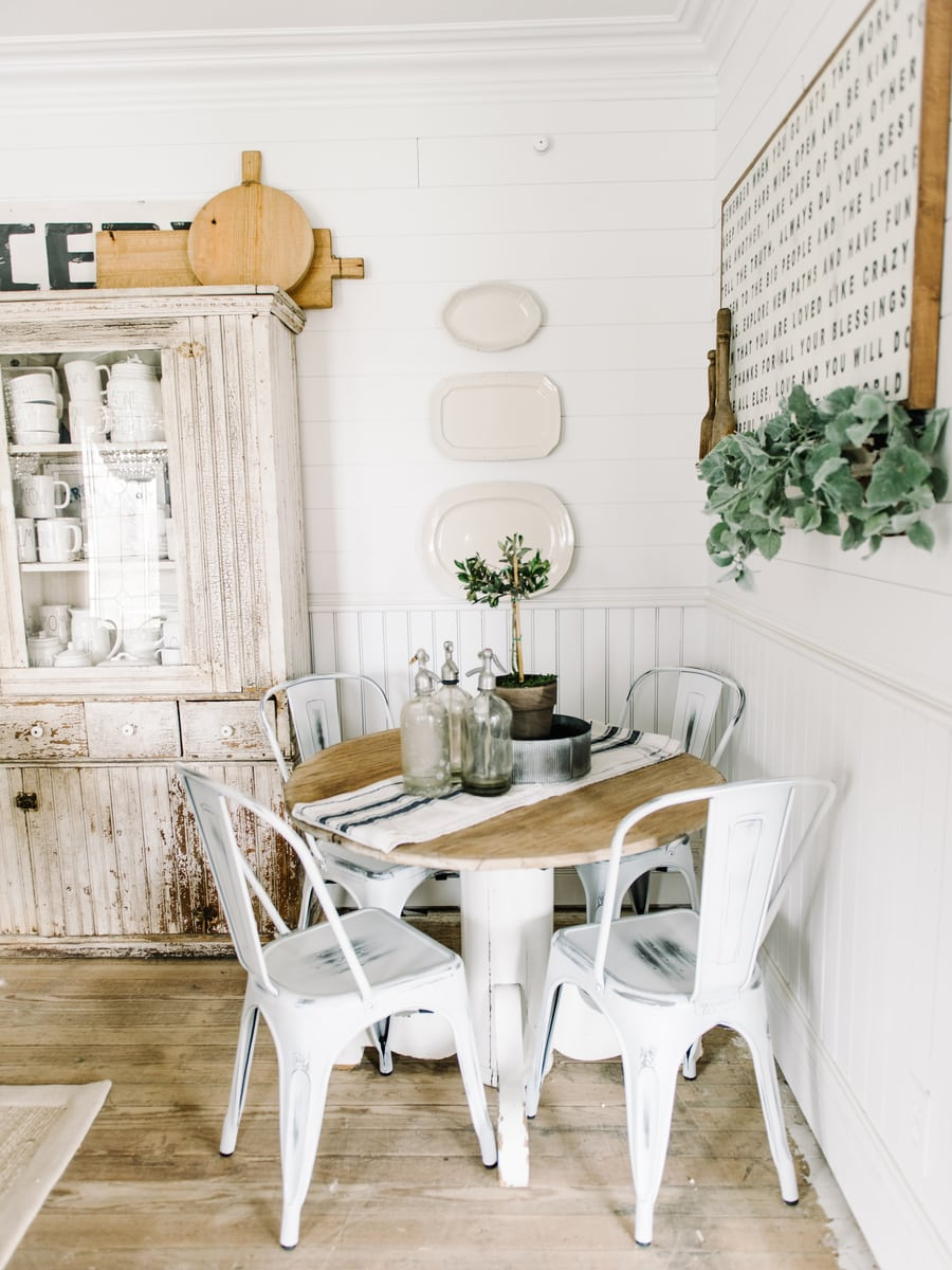 , DIY Dining Room Plate Wall
