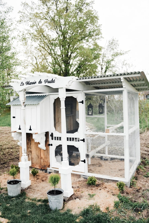 chicken coop ideas, DIY Farmhouse Style Chicken Coop