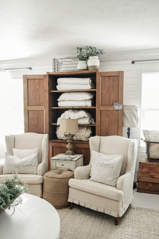 , Farmhouse Blanket Cupboard