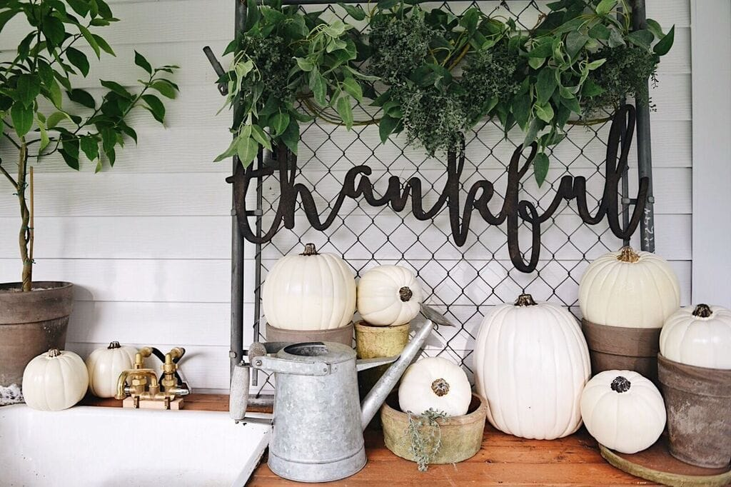 outdoor fall decor, The Thankful Fall Potting Bench