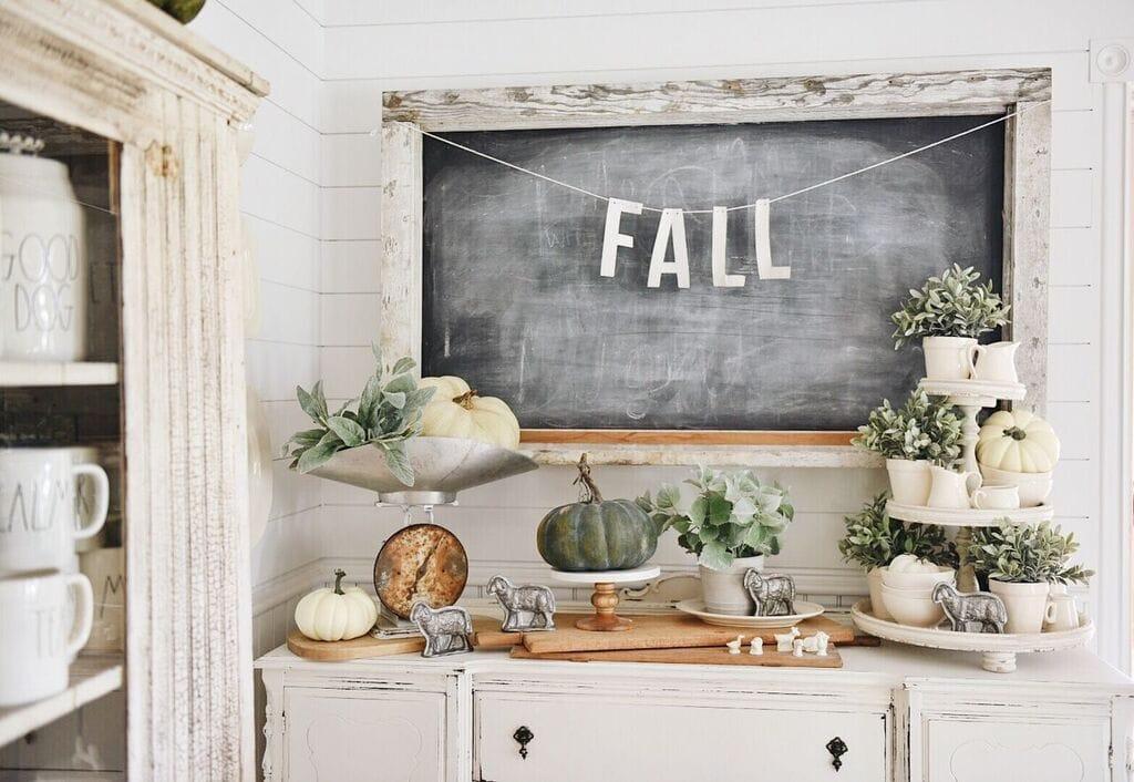 A Neutral Fall Farmhouse Buffet