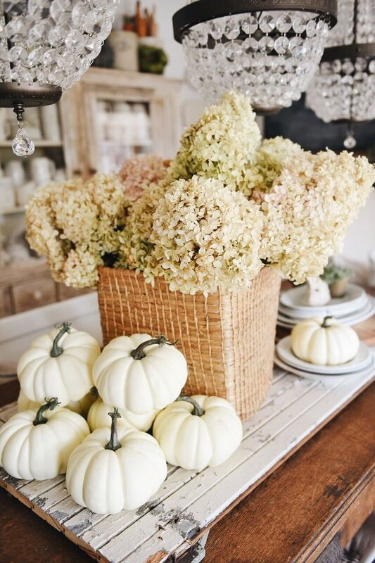 Fall decorating ideas, Dried Hydrangea Fall Tablescape