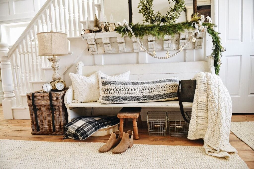Entryway Holiday Decor