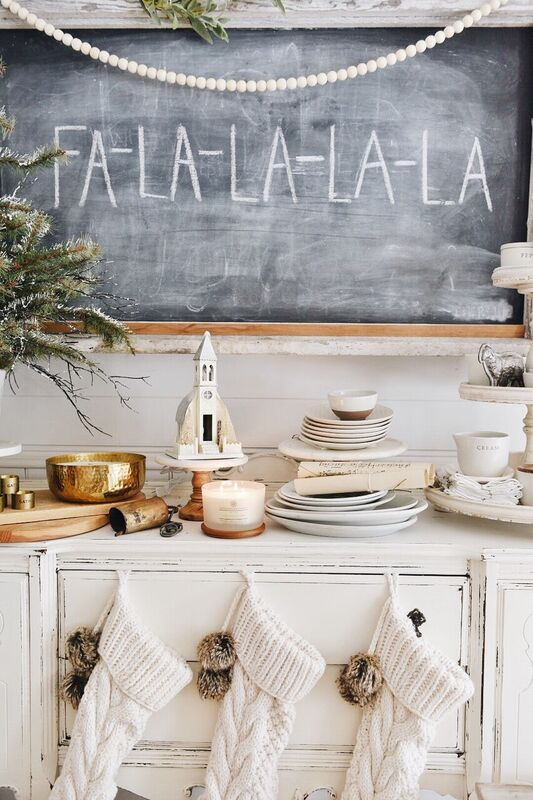 Simple Cottage Christmas Decor – Video Tour