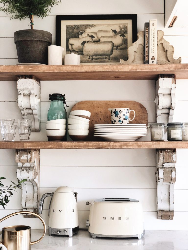Cottage Style Kitchen Shelves To