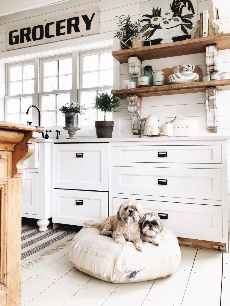 Cottage Decor, Dreamy Whites Lifestyle Cottage Decor