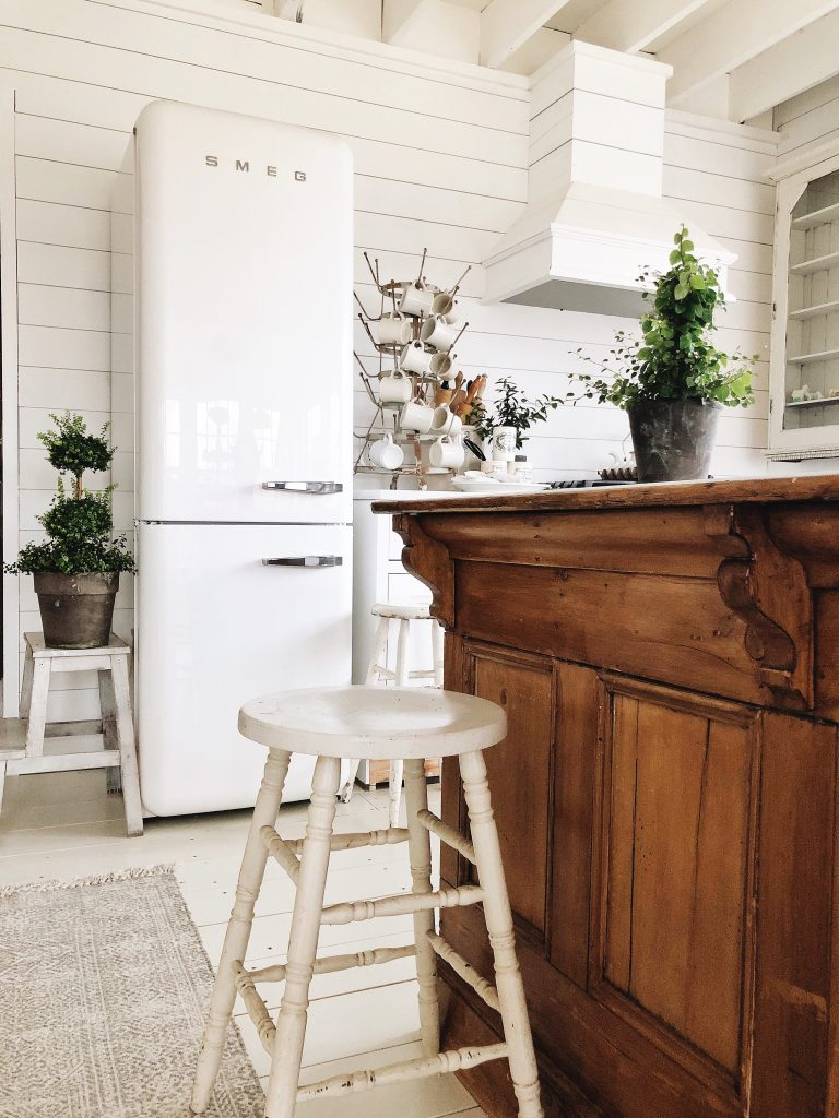 Groovy Our Fridge Is In Smeg Refrigerator Review Liz Marie Blog Download Free Architecture Designs Scobabritishbridgeorg