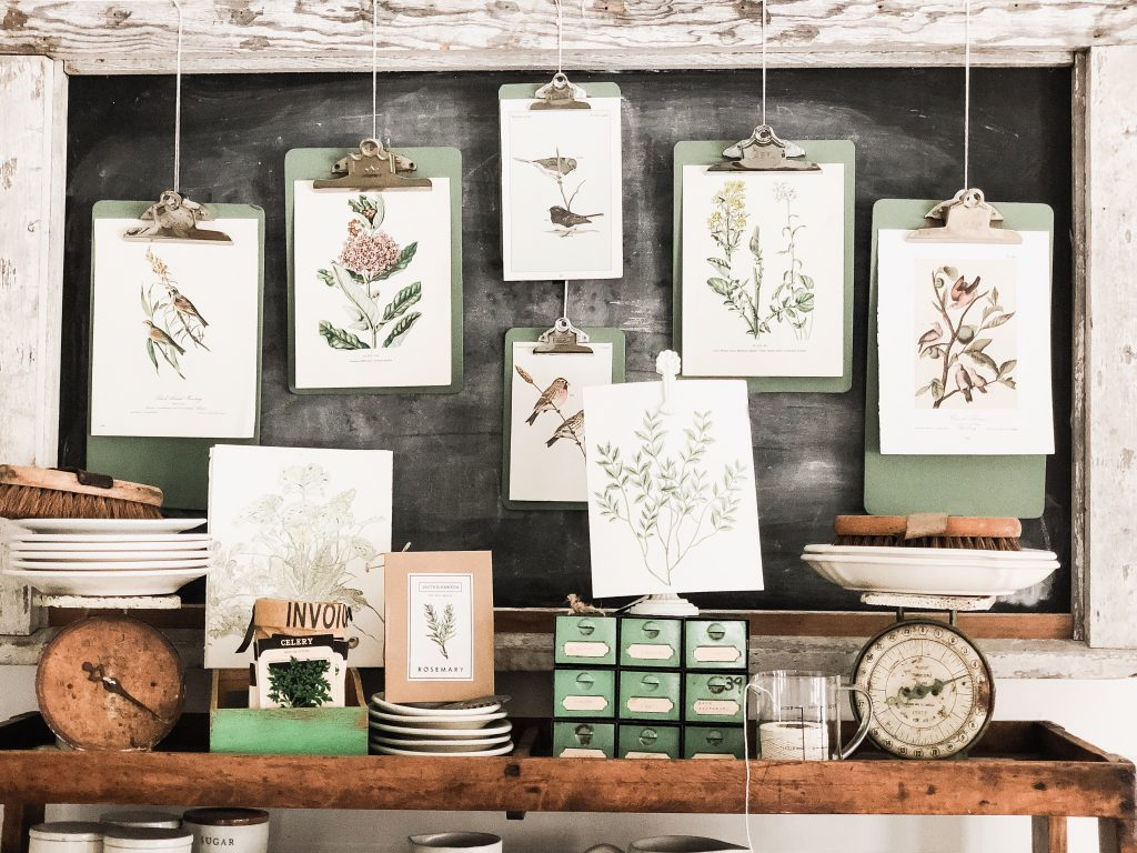Art Display, DIY Greenhouse Clipboard Art