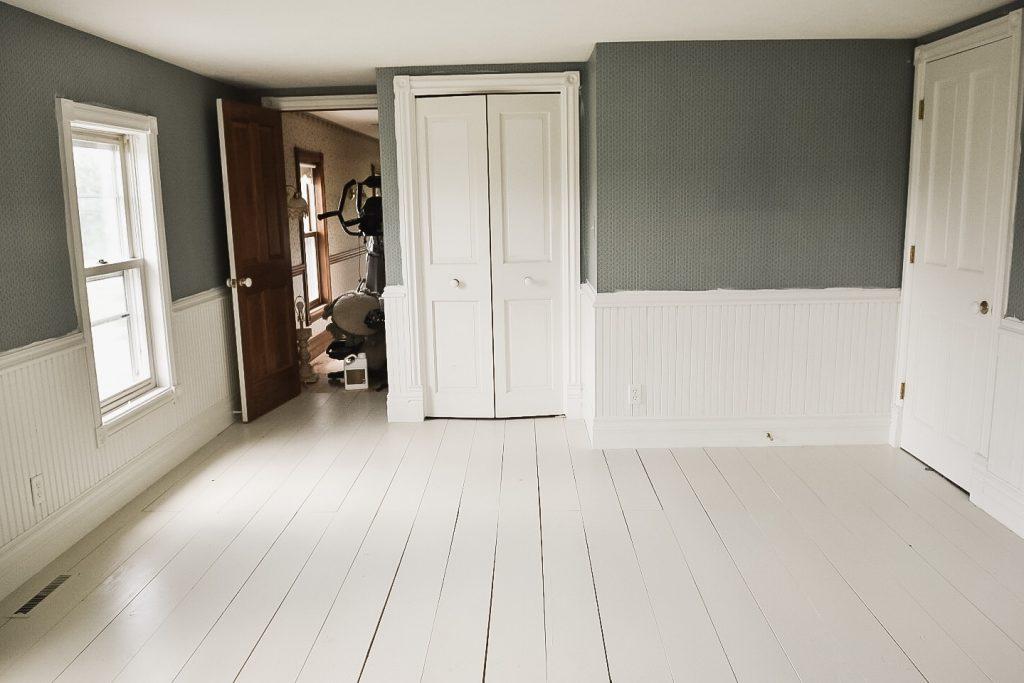 Painted Floors, Guest Bedroom Floor Makeover