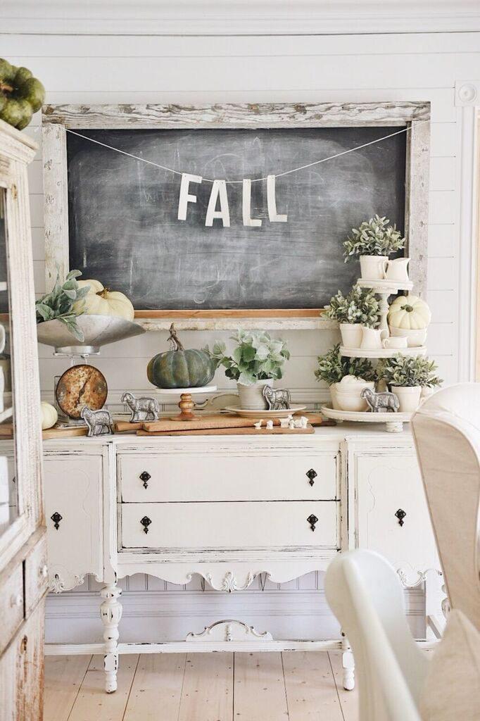 , Cozy White Cottage: Chalkboard DIY