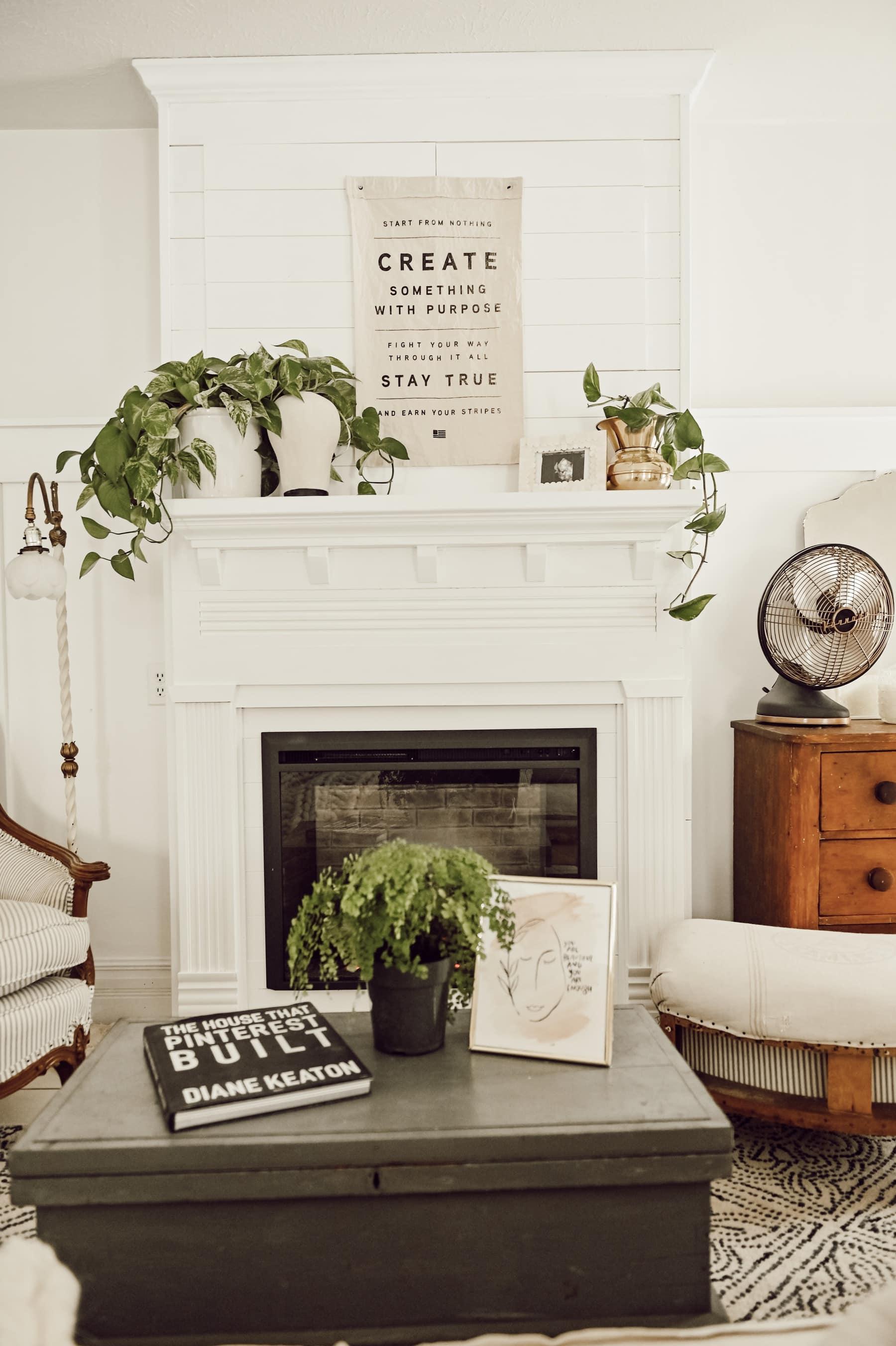 DIY Farmhouse Fireplace