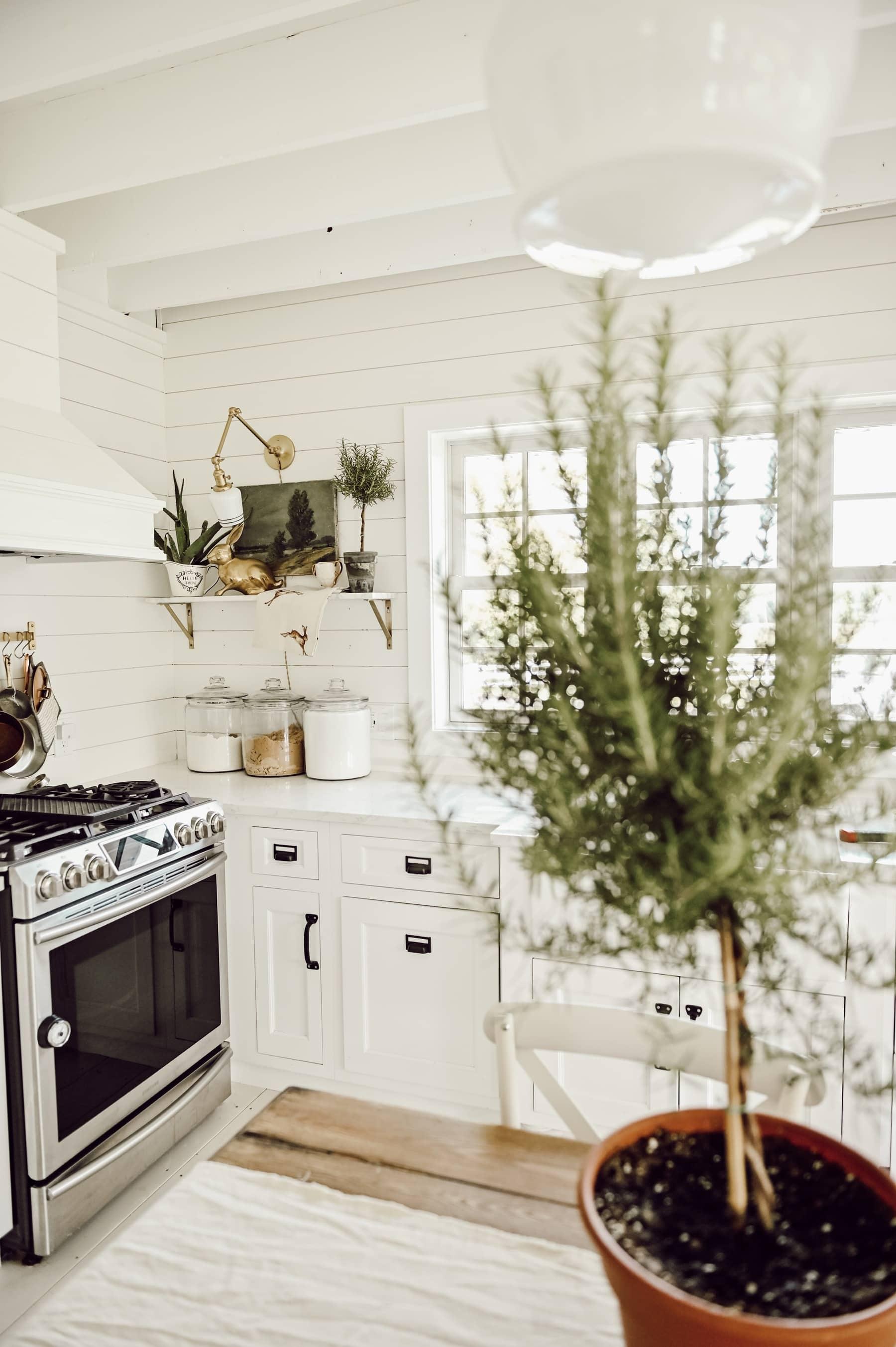 How to Style a Shelf, Shelf Styling Basics: Balance