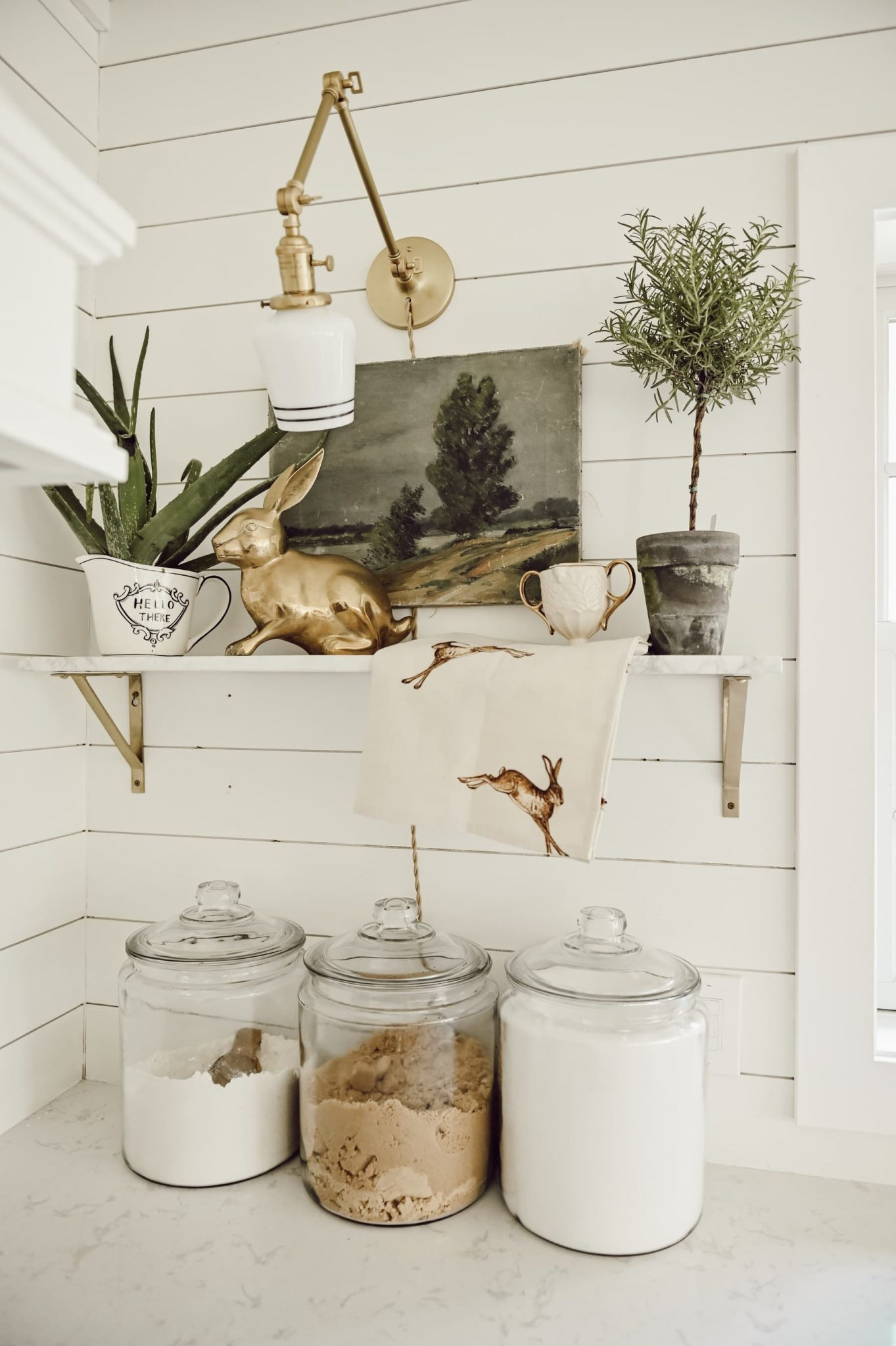 Shelf Styling Basics: Balance