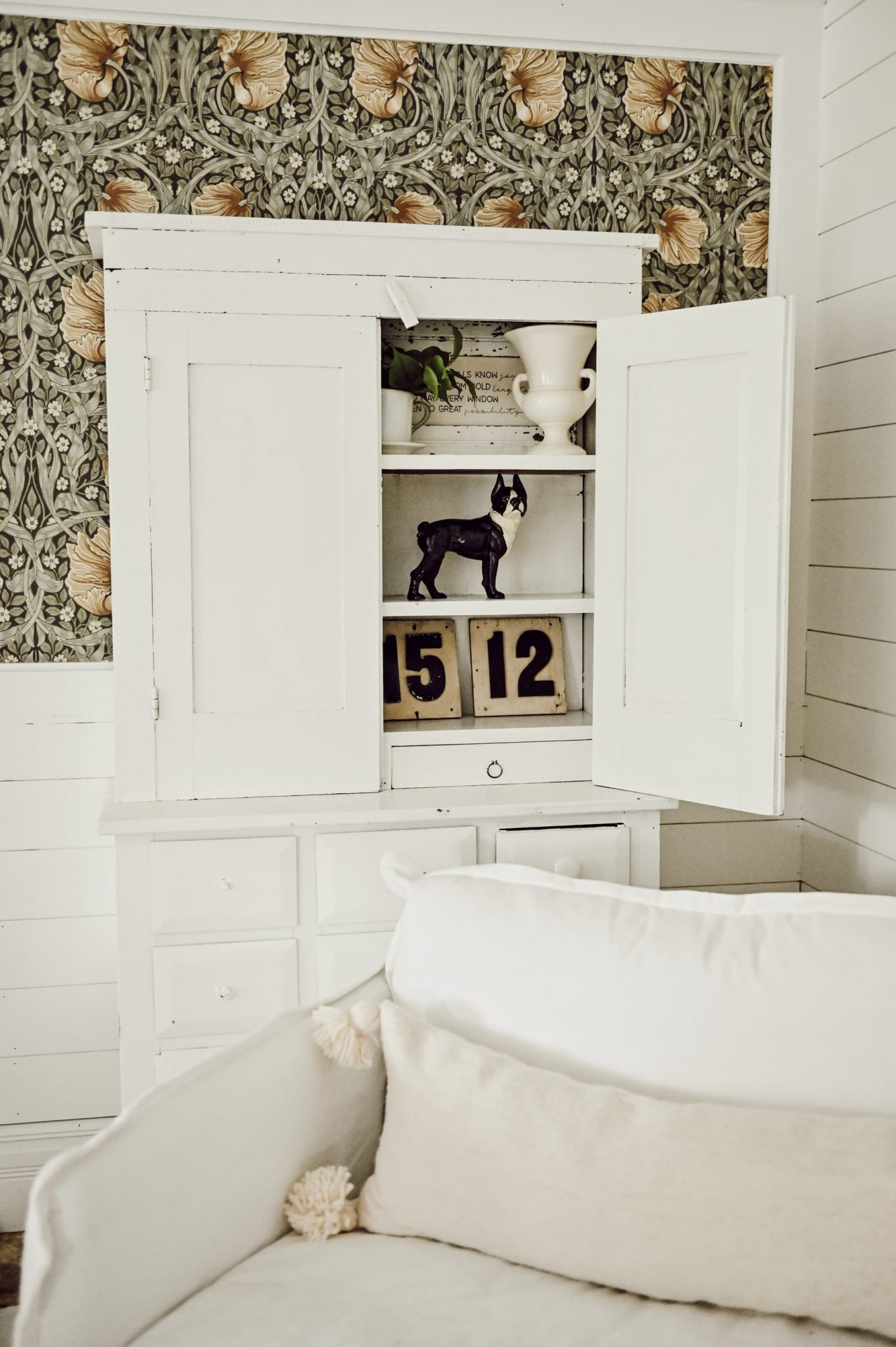 , Barn Sale Cabinet Styling