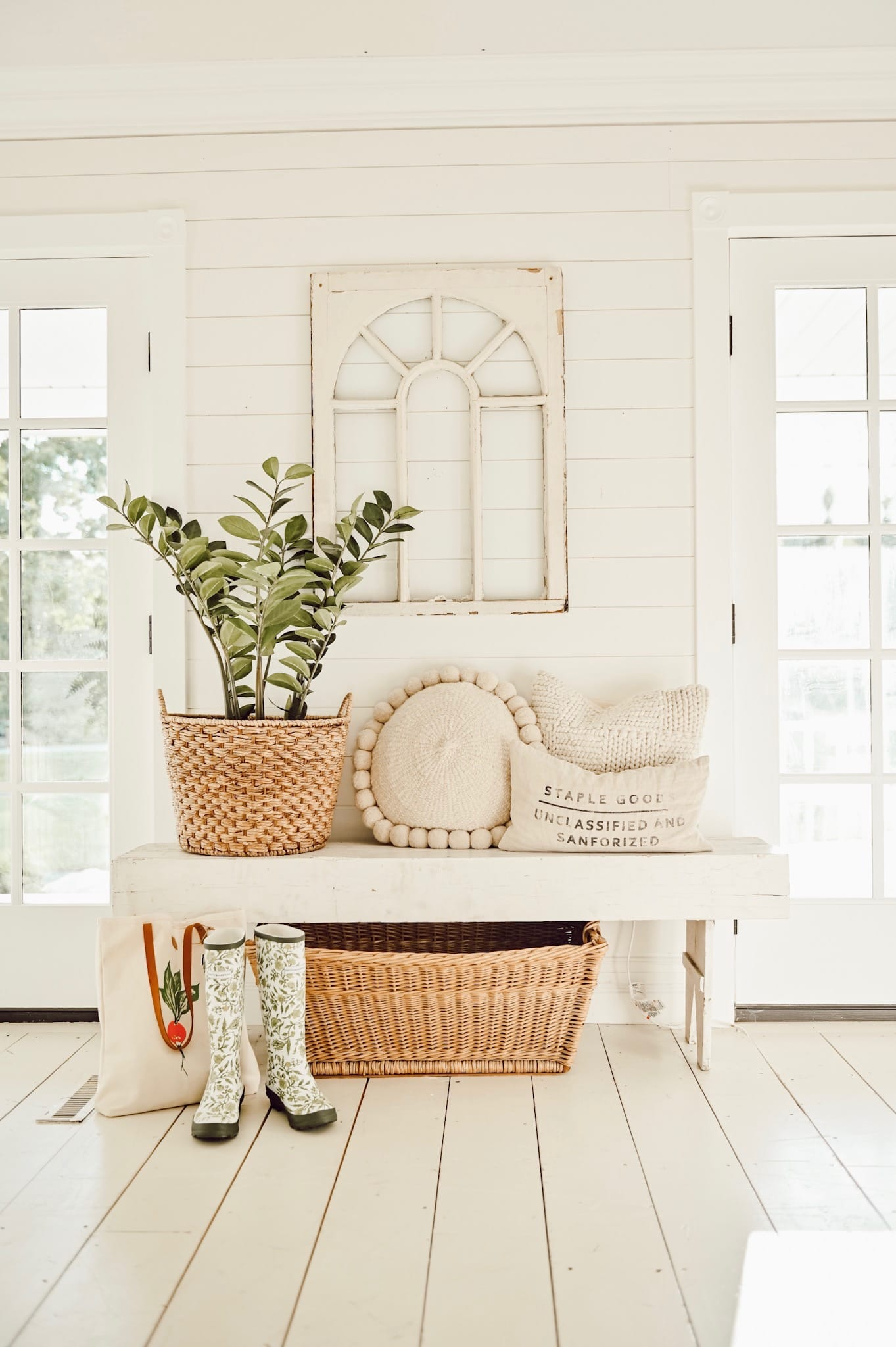 The Perfect Entryway In A Small Space