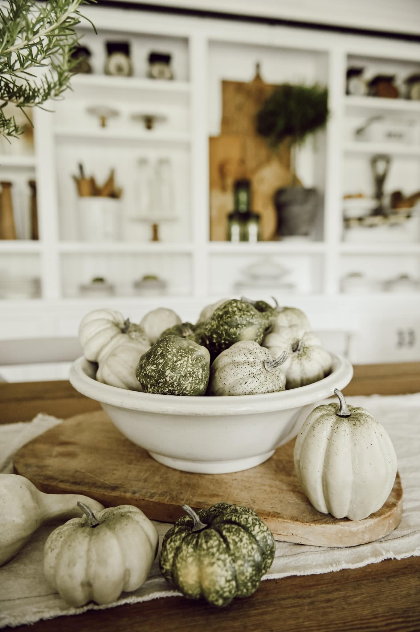 important elements to add fall decor to your home