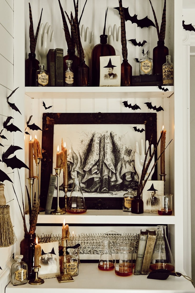 Cozy Witches Corner – Farmhouse Halloween Corner