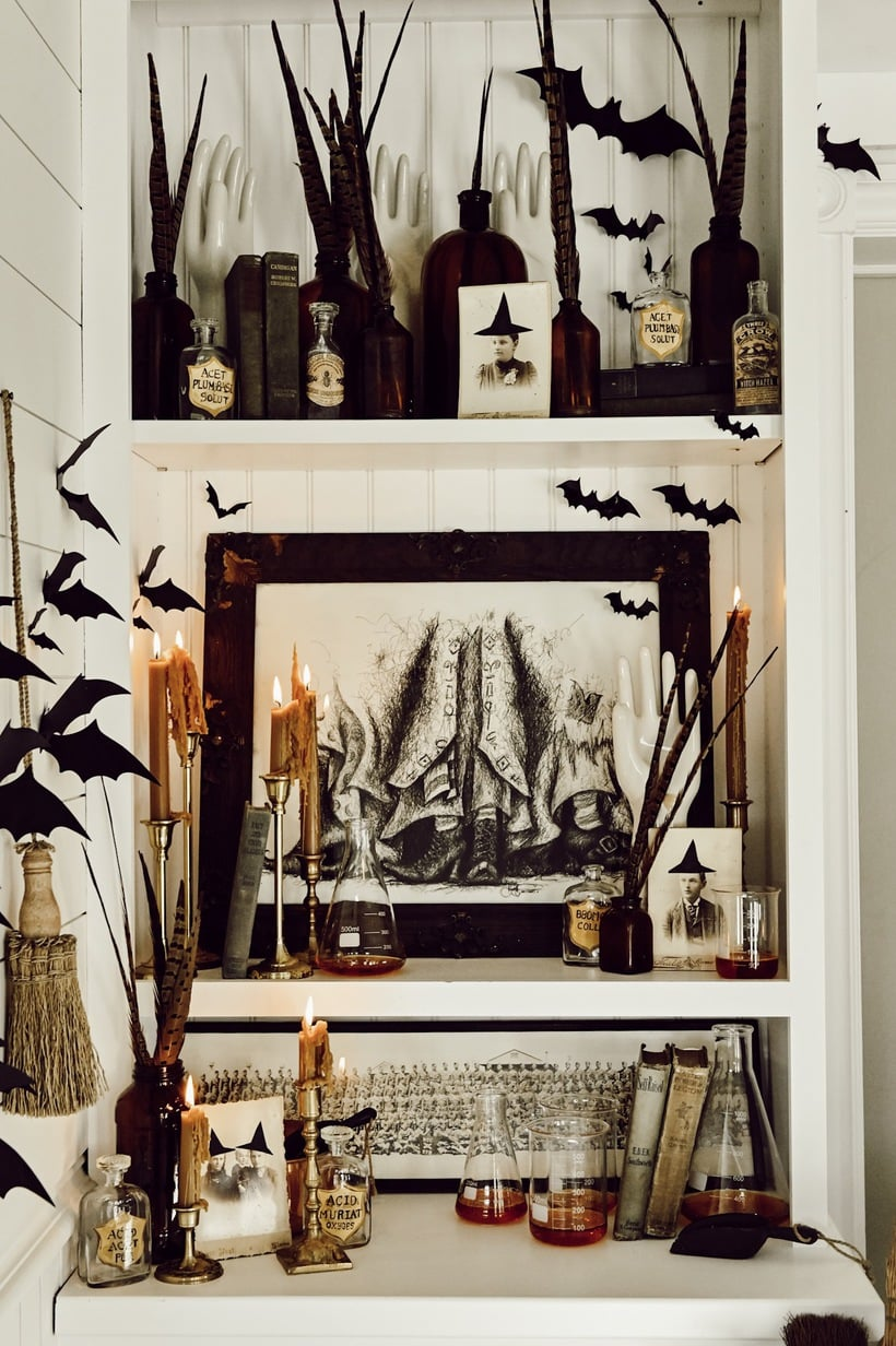 Cozy Witches Corner – Farmhouse Halloween Corner