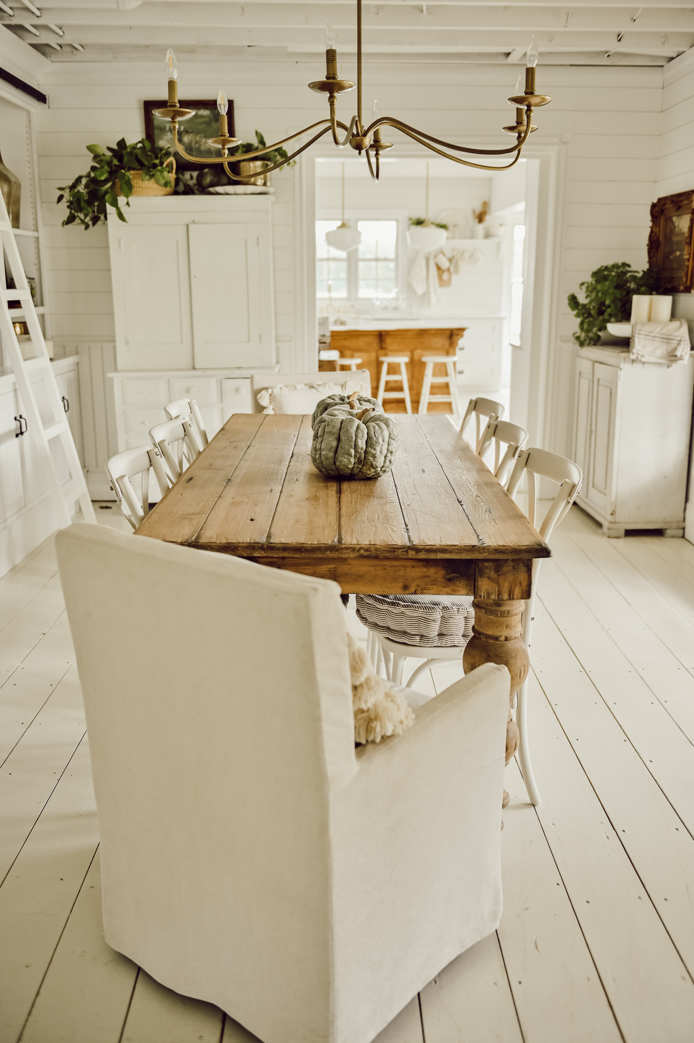 Simple Dining Room Table for Fall - Liz Marie Blog