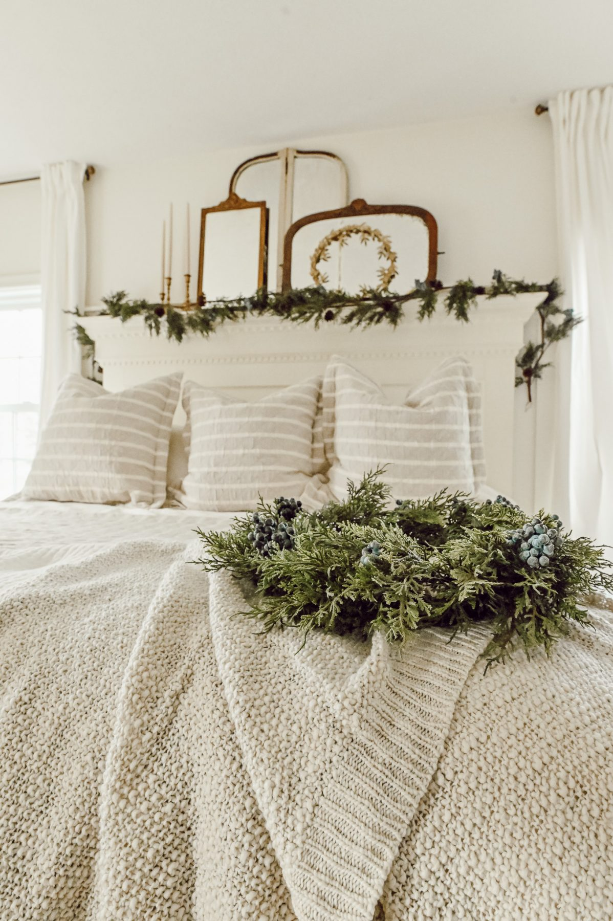 Quick and Easy Steps for a Cozy Christmas Bed