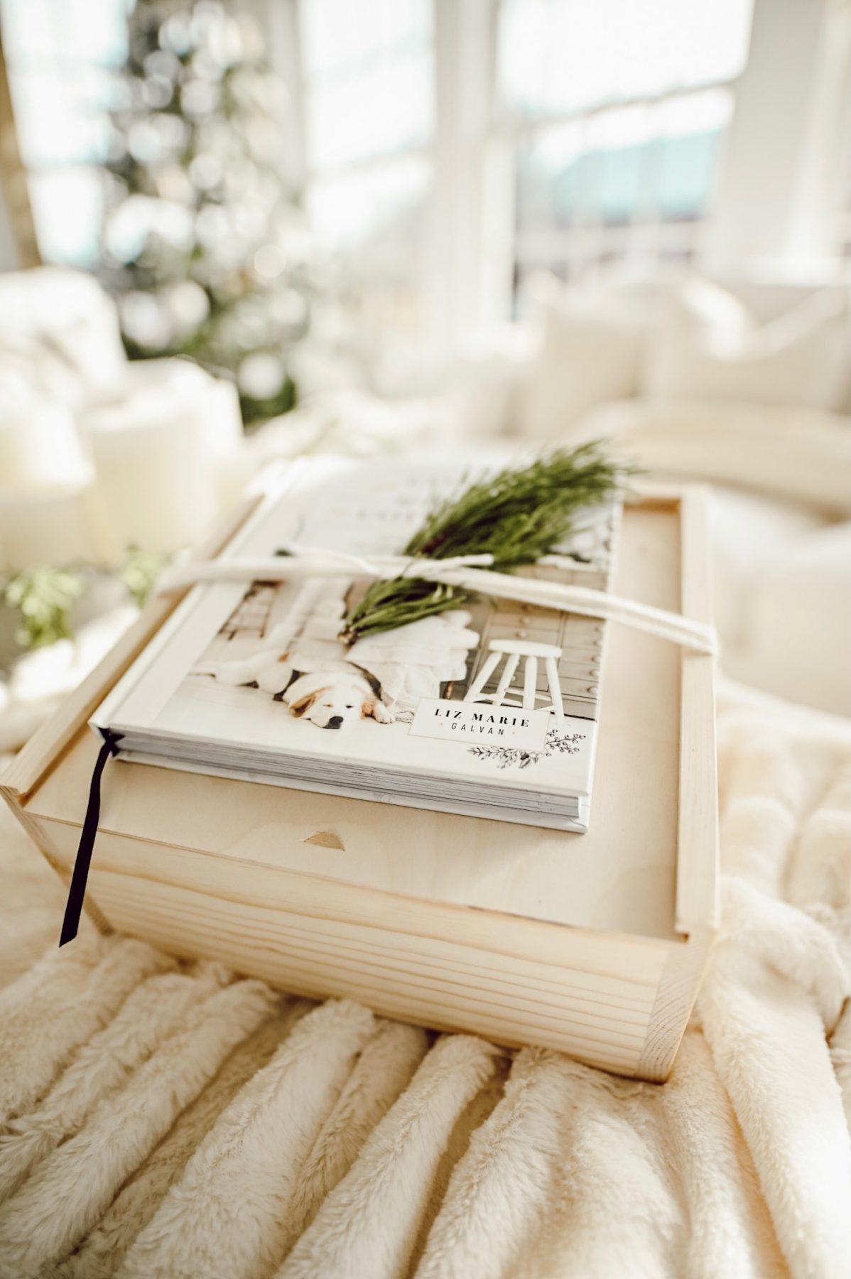 4 Ways To Gift Cozy White Cottage
