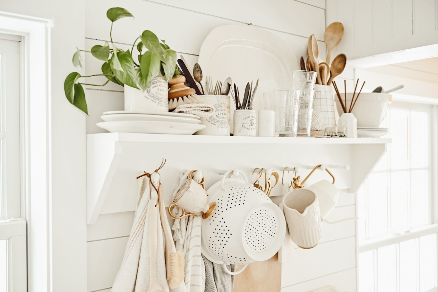 DIY Peg Rail Kitchen Storage