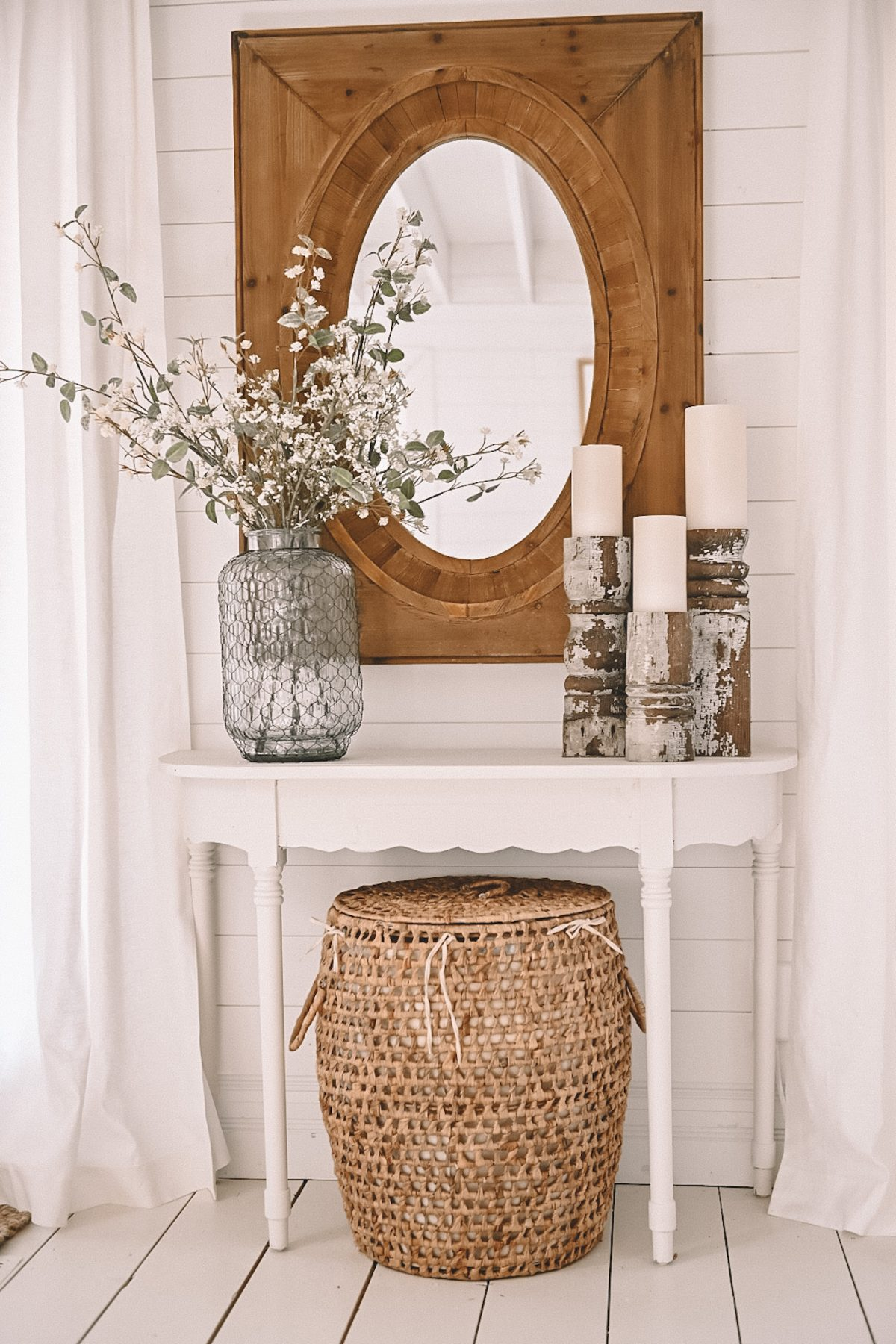 Simple Entryway Table and decor