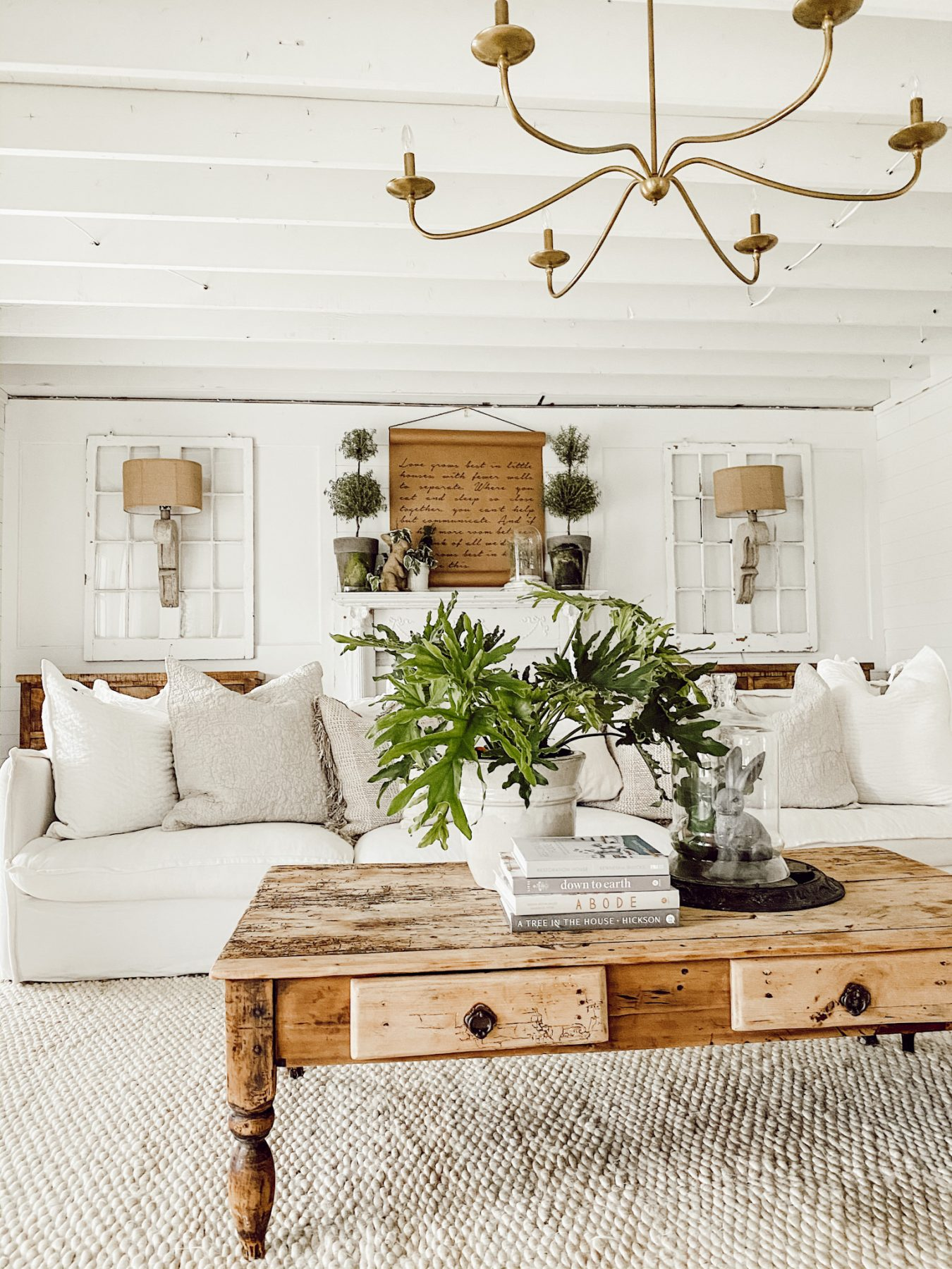 10 Ways To Style A Coffee Table