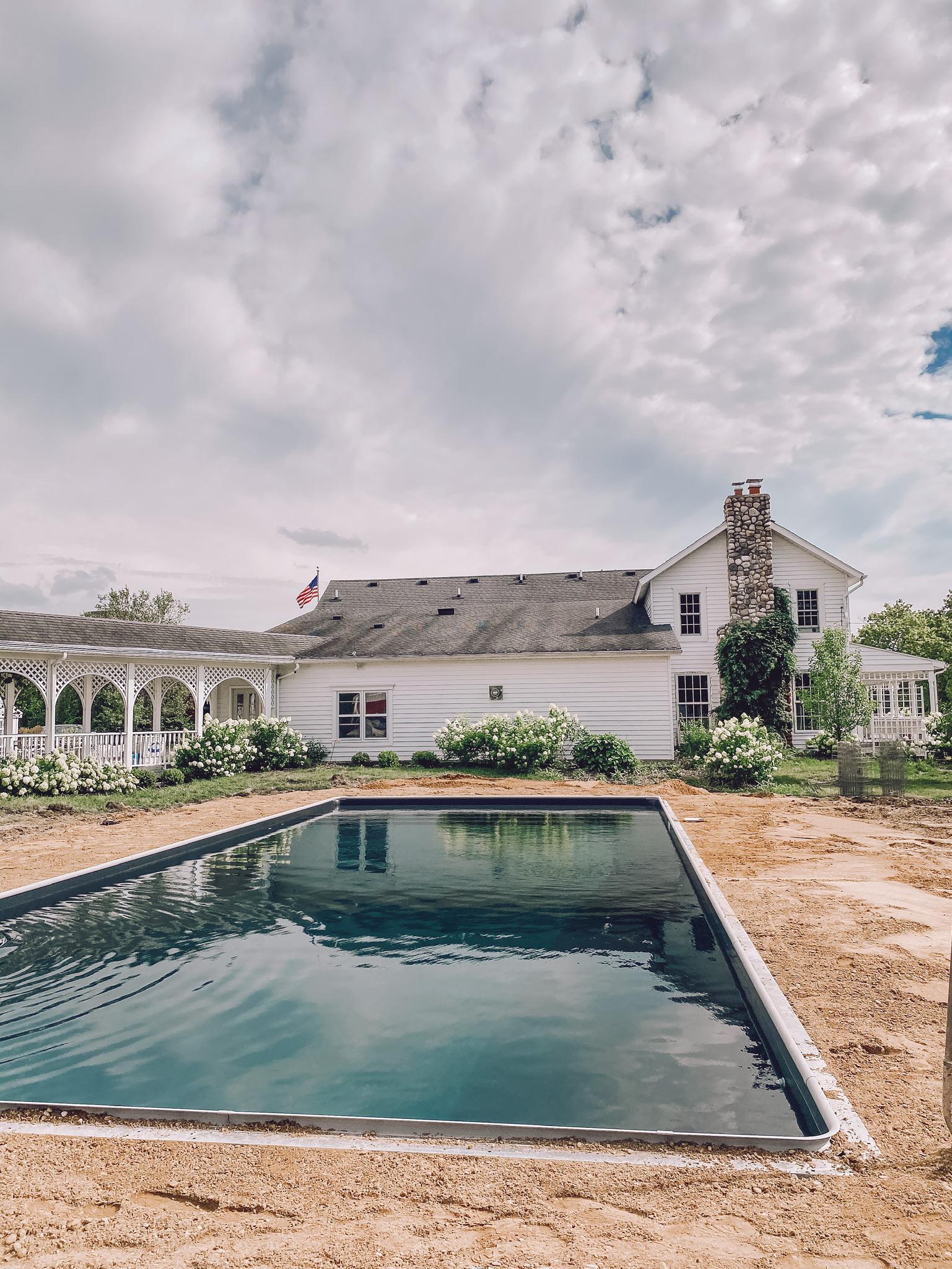 Perguntas frequentes sobre a piscina na fazenda - Liz Marie Blog 7