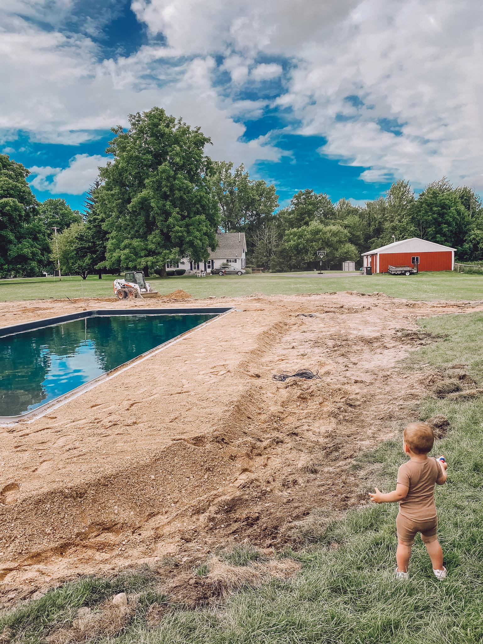 Perguntas frequentes sobre a piscina na fazenda - Liz Marie Blog 3