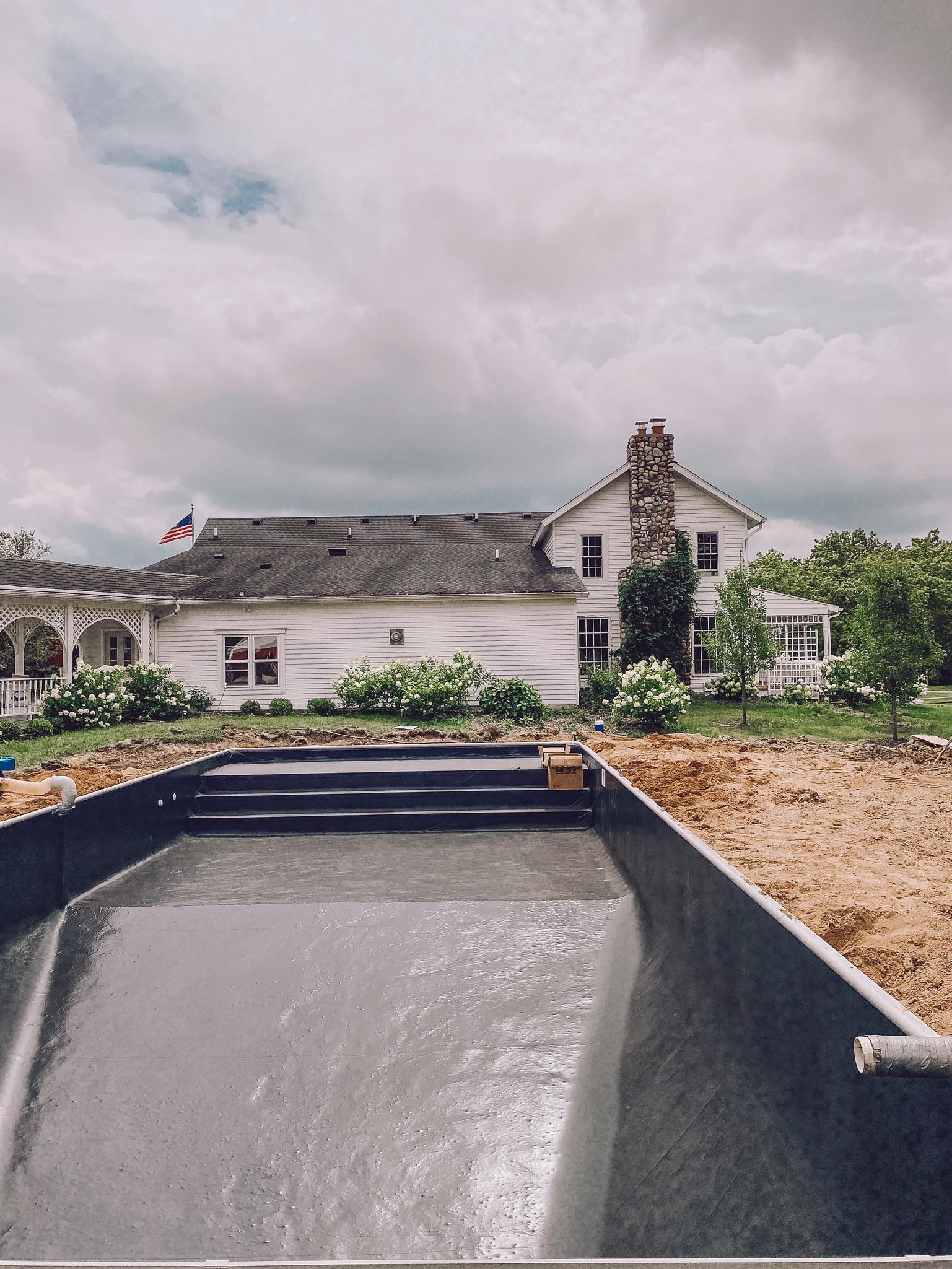 Perguntas frequentes sobre a piscina na fazenda - Liz Marie Blog 8