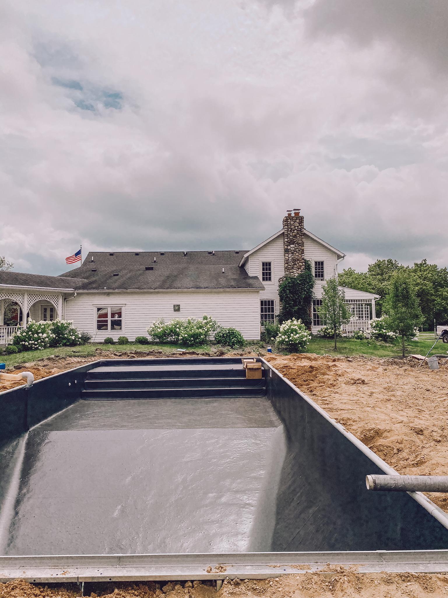 Perguntas frequentes sobre a piscina na fazenda - Liz Marie Blog 4