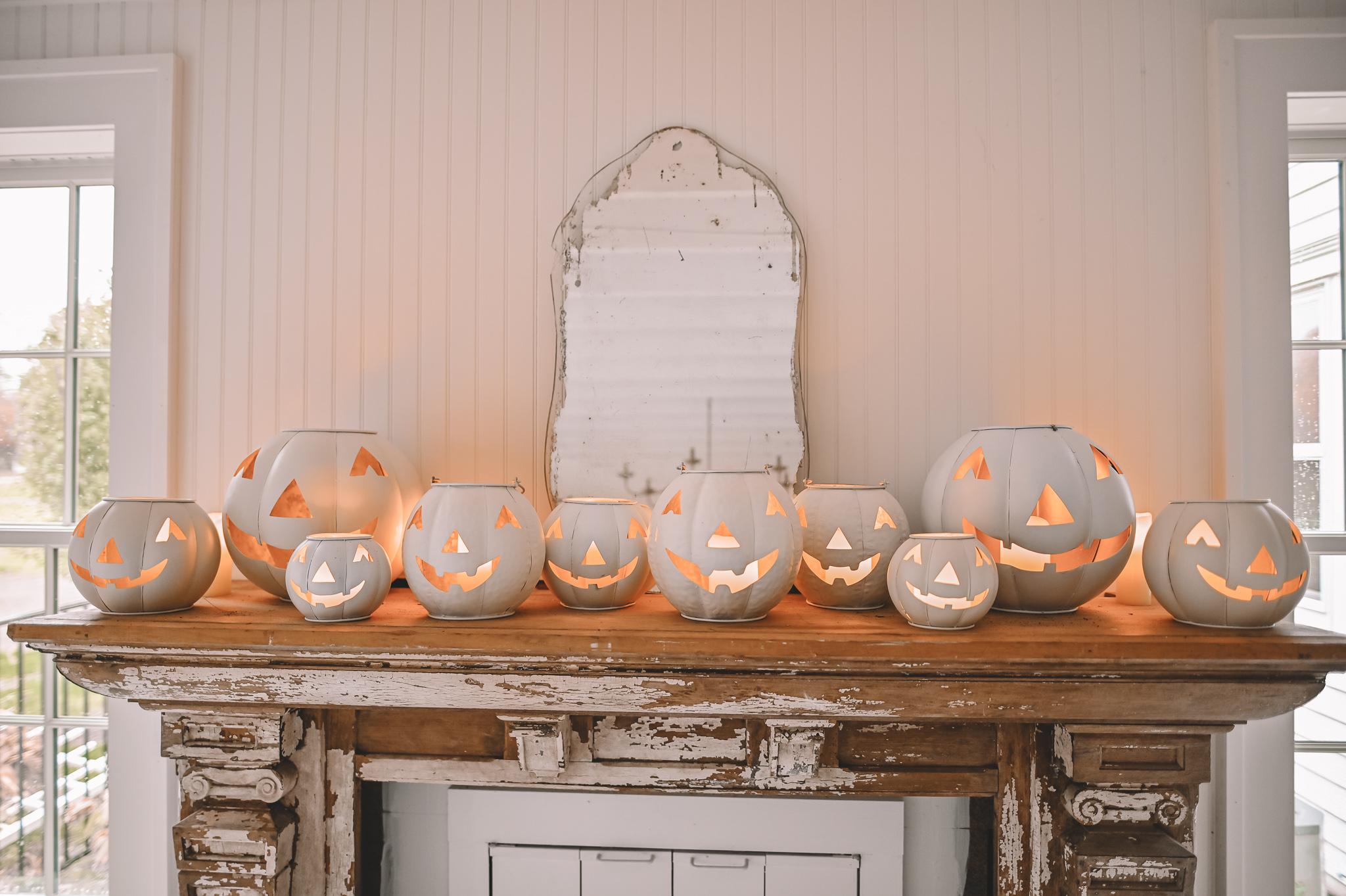 Neutral Halloween Decor – Painted Jack-O-Lanterns