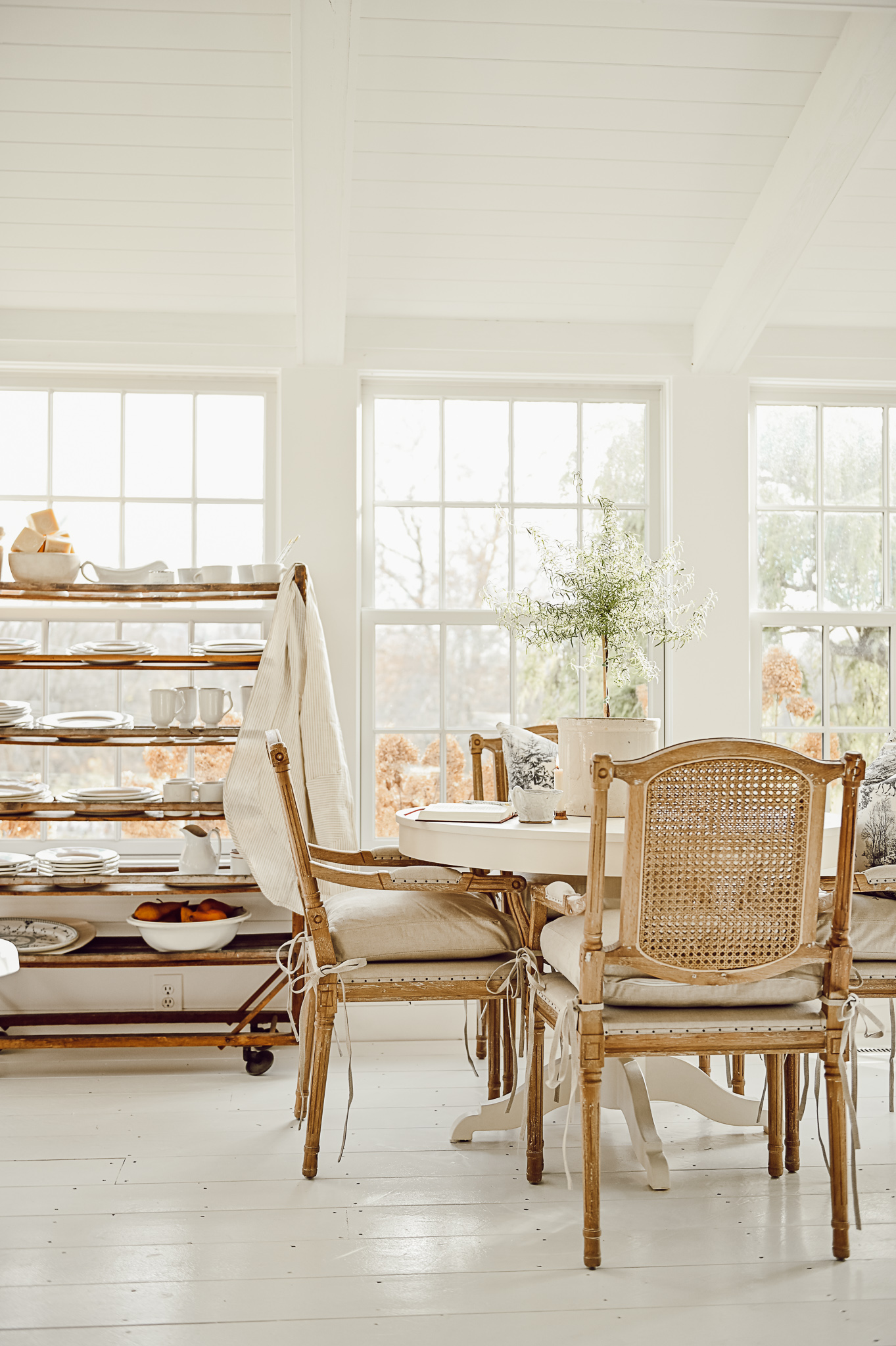 Sunroom Breakfast Nook