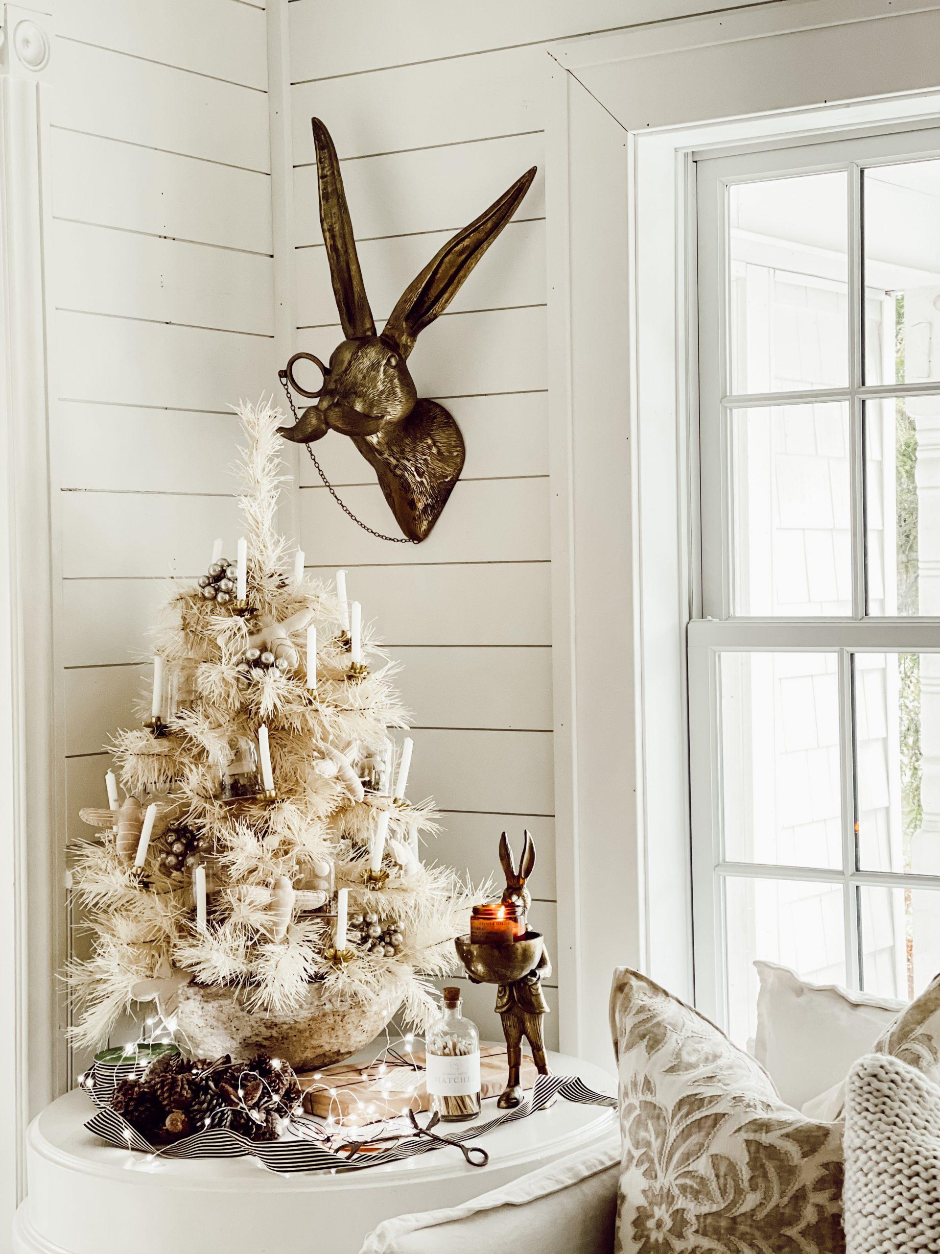 Mini Cozy White Christmas Tree