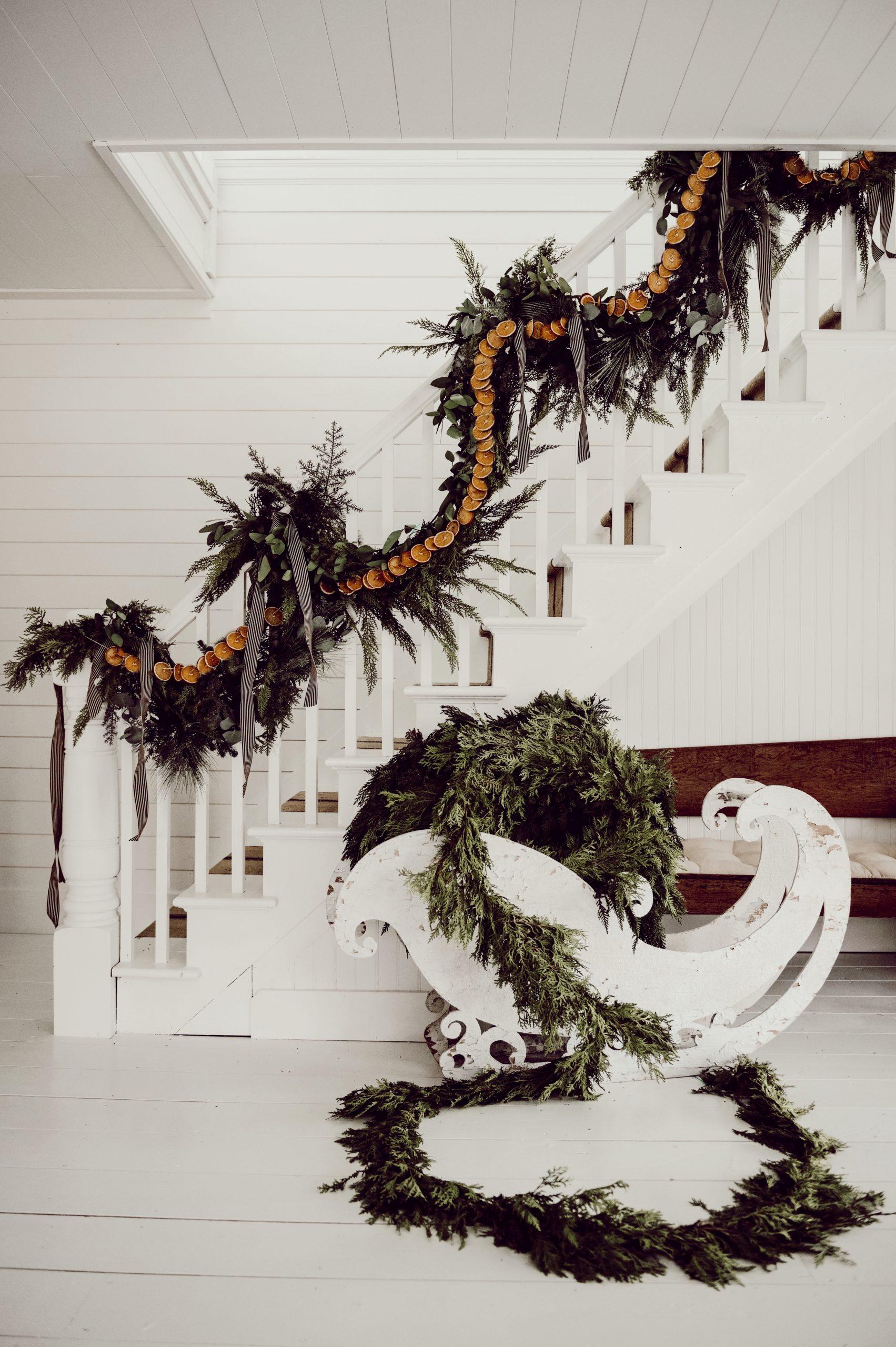 DIY Rustic Christmas Garland