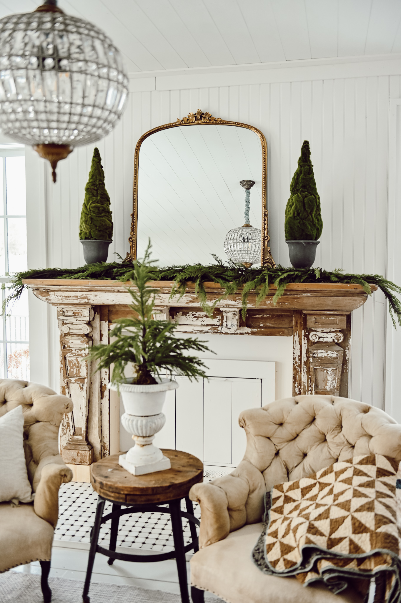 Cozy Winter Mantel