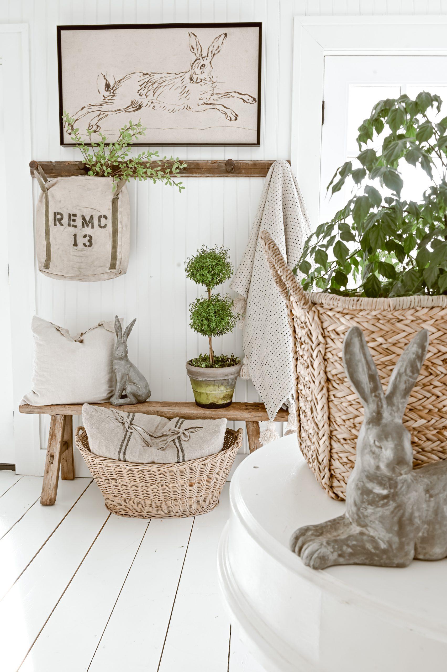 A Cozy Spring Entryway