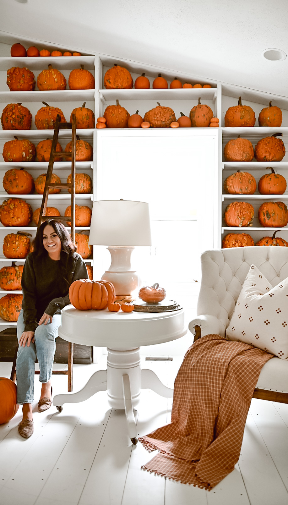 Favorite Things Friday: A Pumpkin Bookshelf, a peek into Christmas Decor, and My Friday Finds!